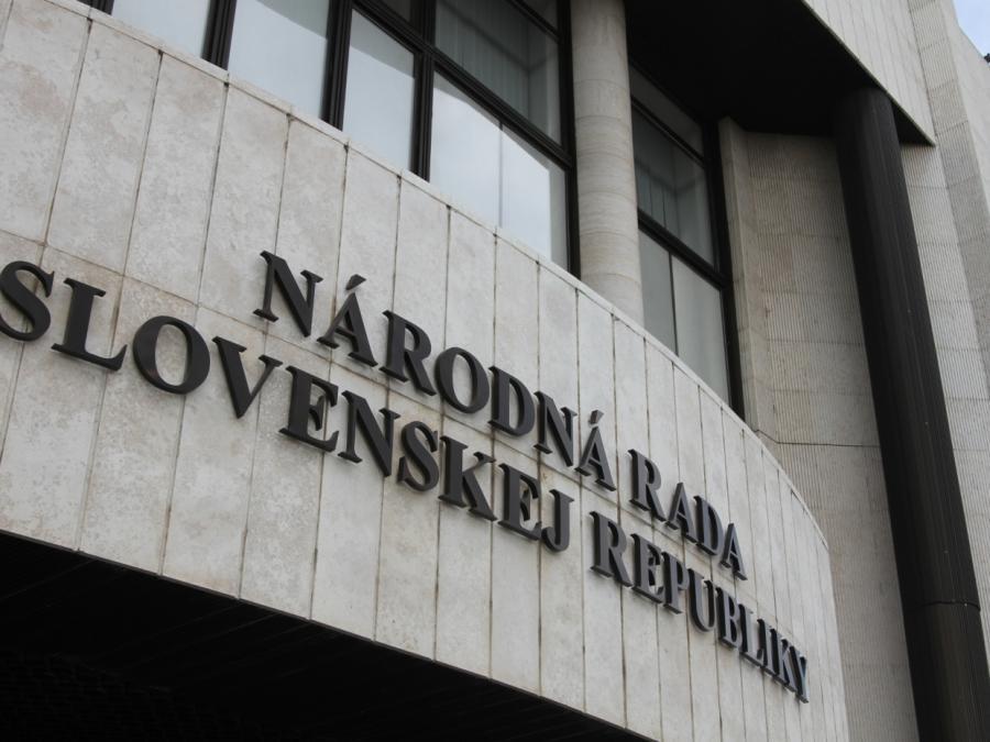 Slowakischer Ministerpräsident bietet Rücktritt an