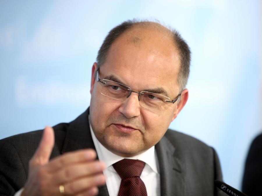 Ernährungsminister Schmidt kritisiert Preispolitik des Handels
