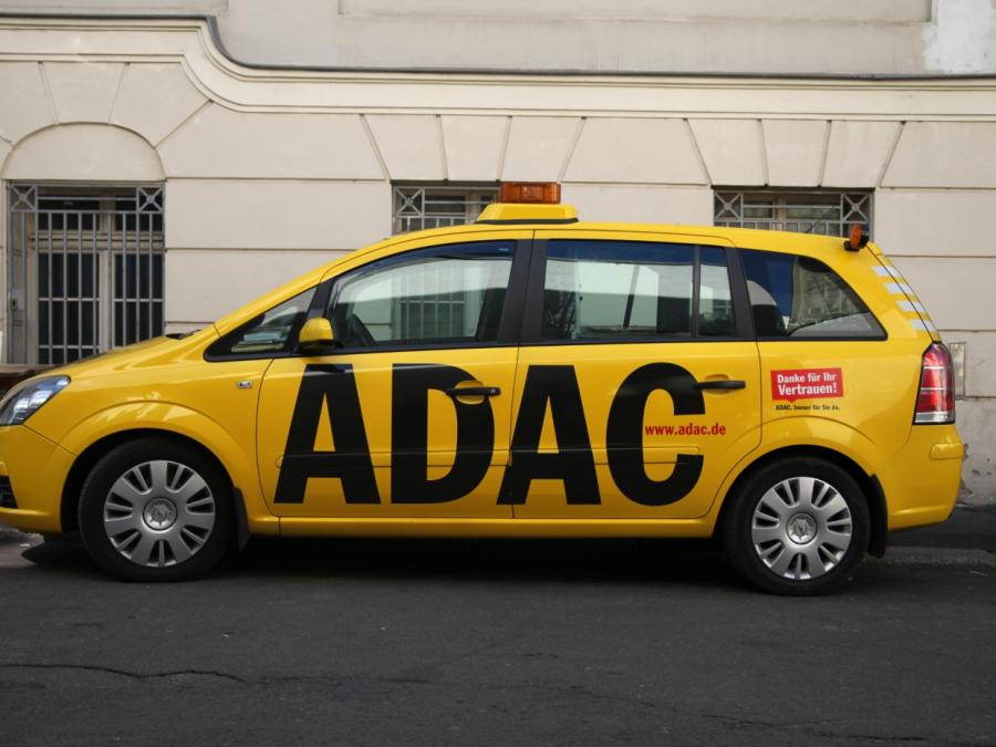 Tempolimit-Diskussion: Verkehrsminister kritisiert ADAC