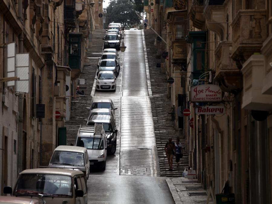 Nach Journalisten-Mord auf Malta: Polizei ermittelt zurückhaltend