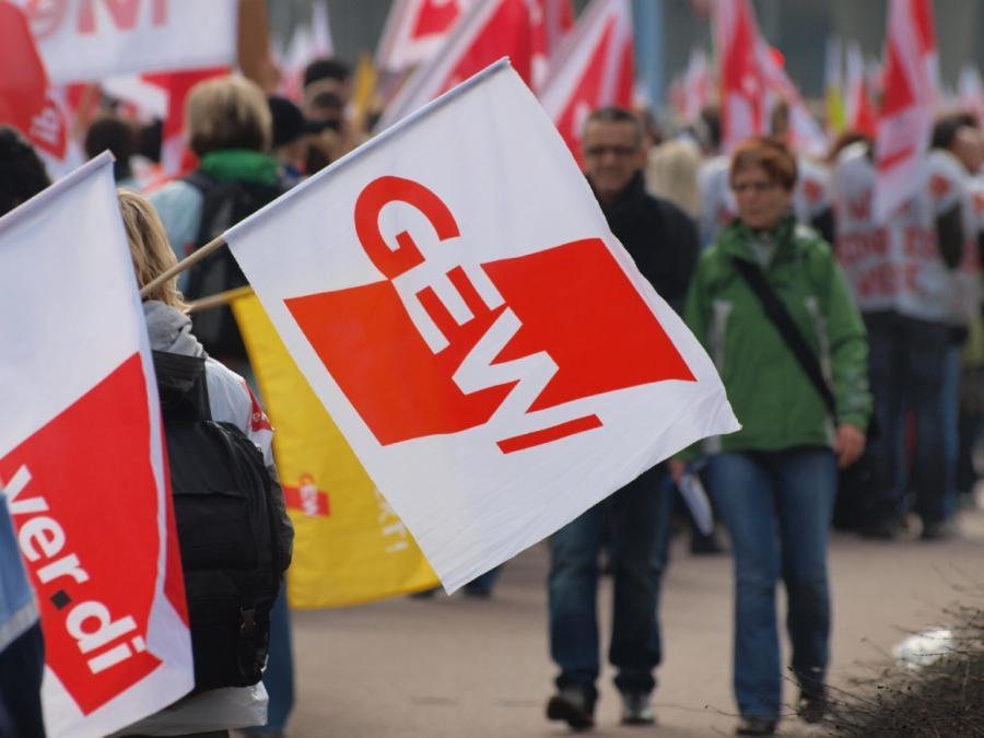 GEW-Chefin fordert Bürofachkräfte zur Entlastung der Lehrer