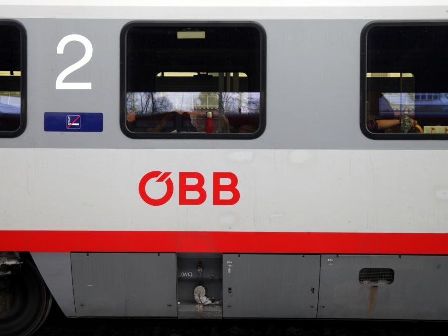 Dutzende Verletzte bei Zugunfall in Österreich