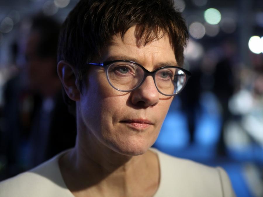 SPD lässt Kramp-Karrenbauers Drohnen-Wunsch abblitzen
