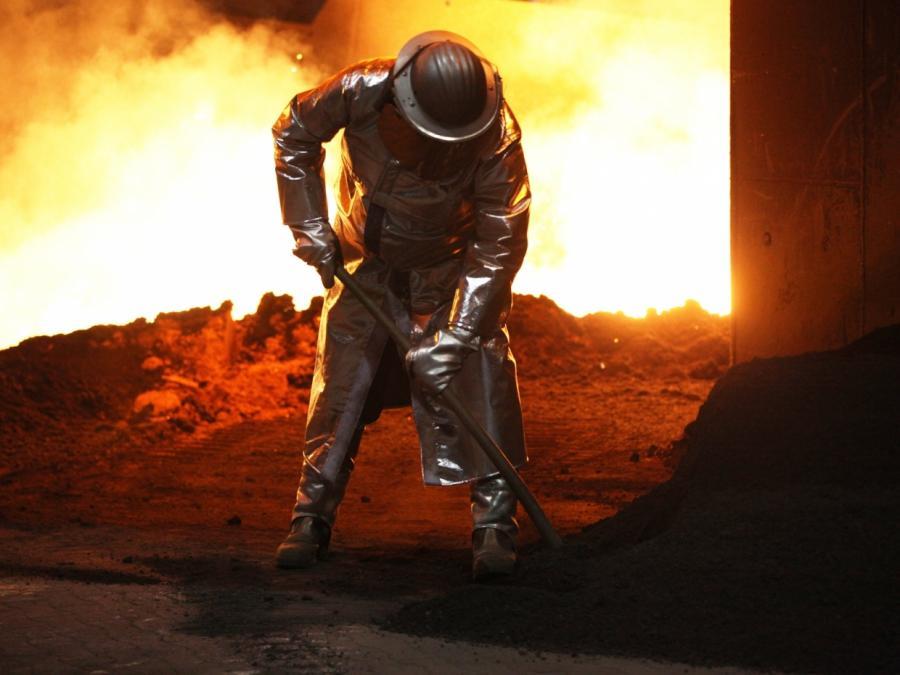 IG Metall droht Stahlbranche mit härterer Gangart