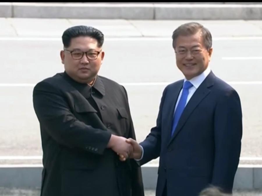 Kim und Moon sprechen zwei Stunden - Charmeoffensive aus dem Norden