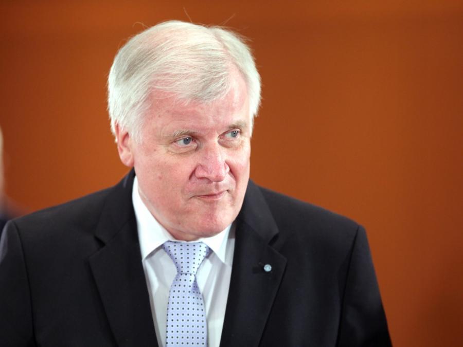 Umfrage: 62 Prozent wollen Seehofer-Rücktritt
