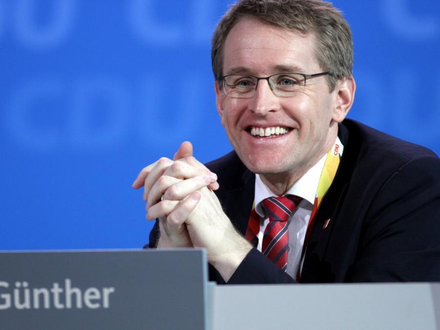 Schleswig-Holsteins Ministerpräsident für Europasteuer
