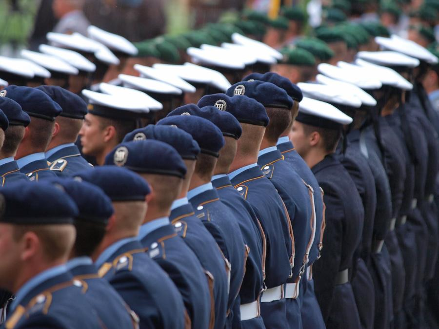 CDU fordert neue Bundeswehr-Uniformen