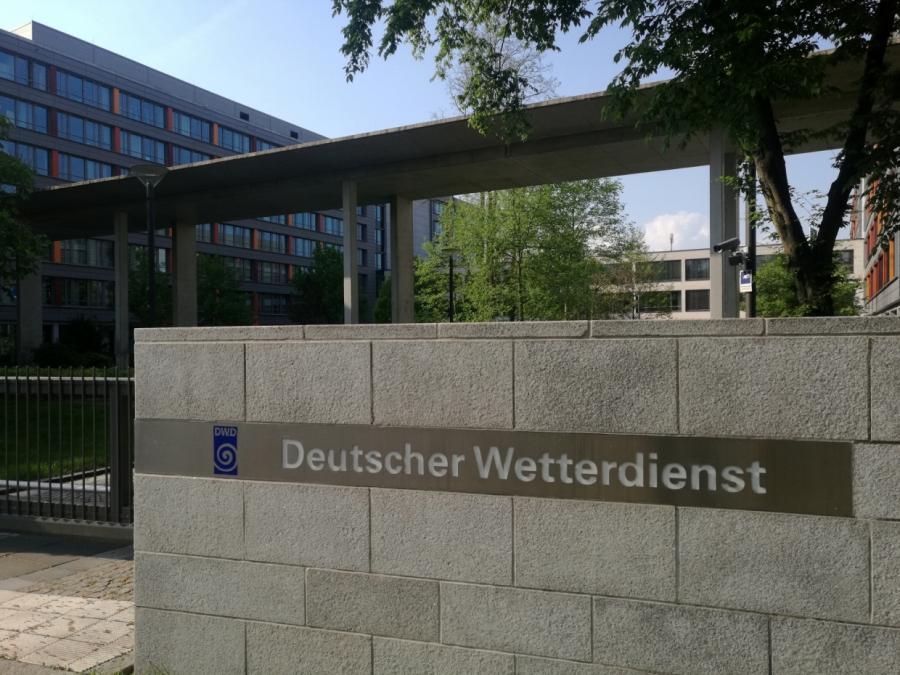 Wetterdienst warnt vor Dauerregen in Süddeutschland