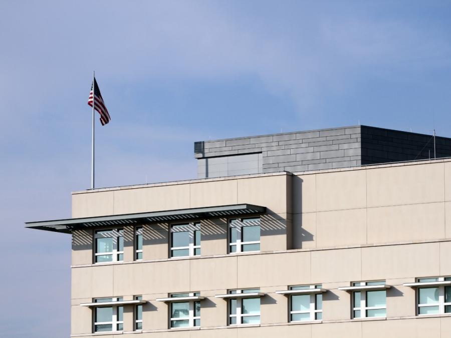 Zollstreit: Führende Automanager treffen sich mit US-Botschafter