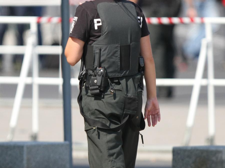 Razzien gegen Rechtsextremisten in Thüringen und Niedersachsen