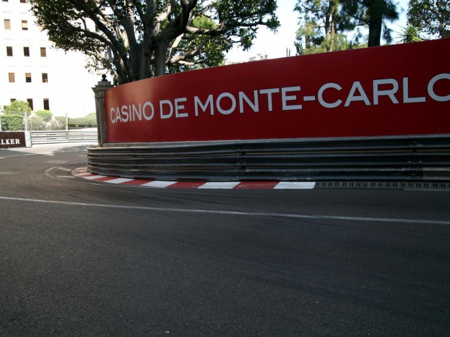 Hamilton gewinnt Großen Preis von Monaco