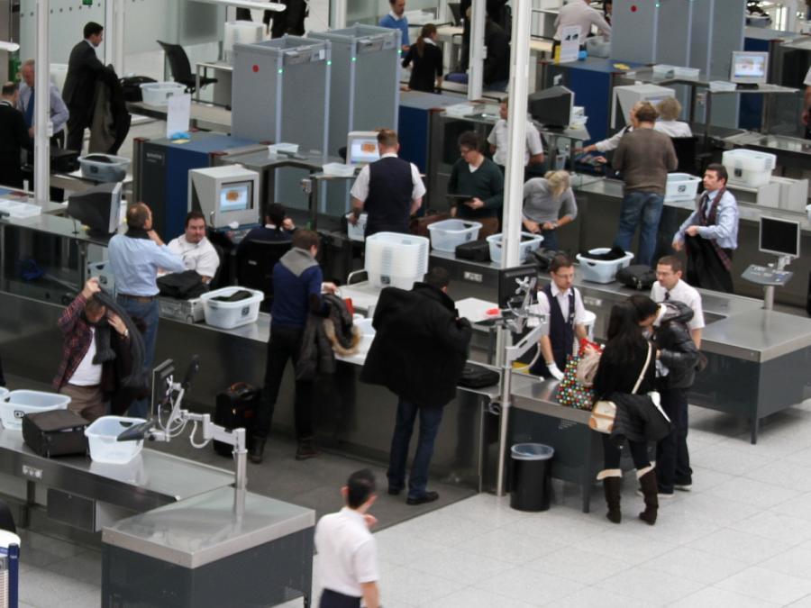 Viele illegale Einreisen aus Griechenland an Flughäfen
