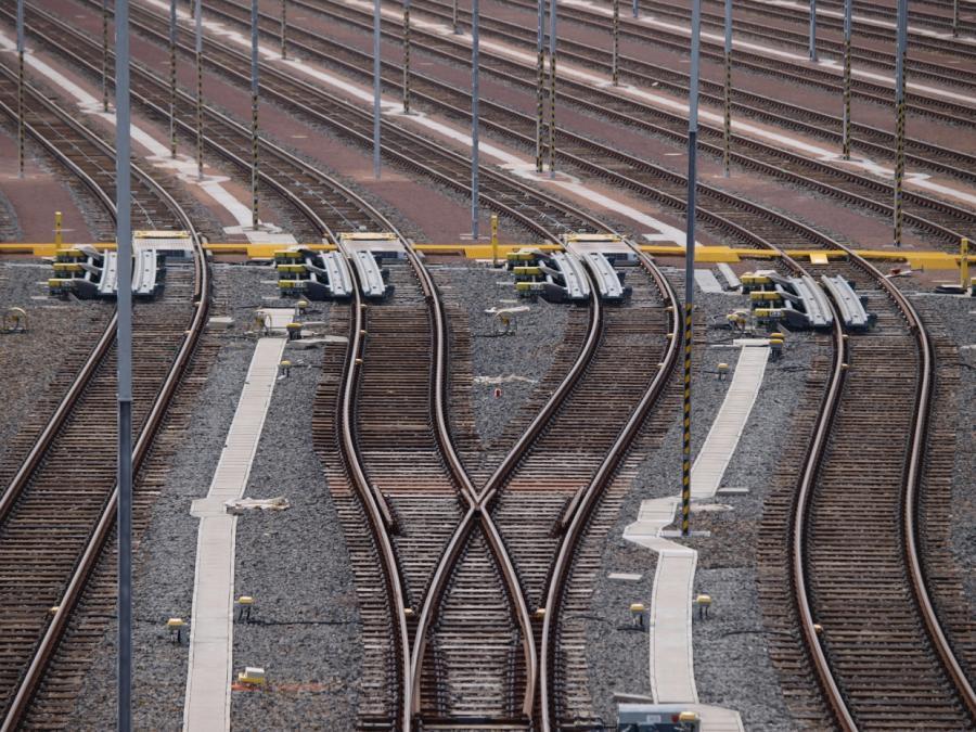 Deutsche Bahn will Glasfasernetz öffnen