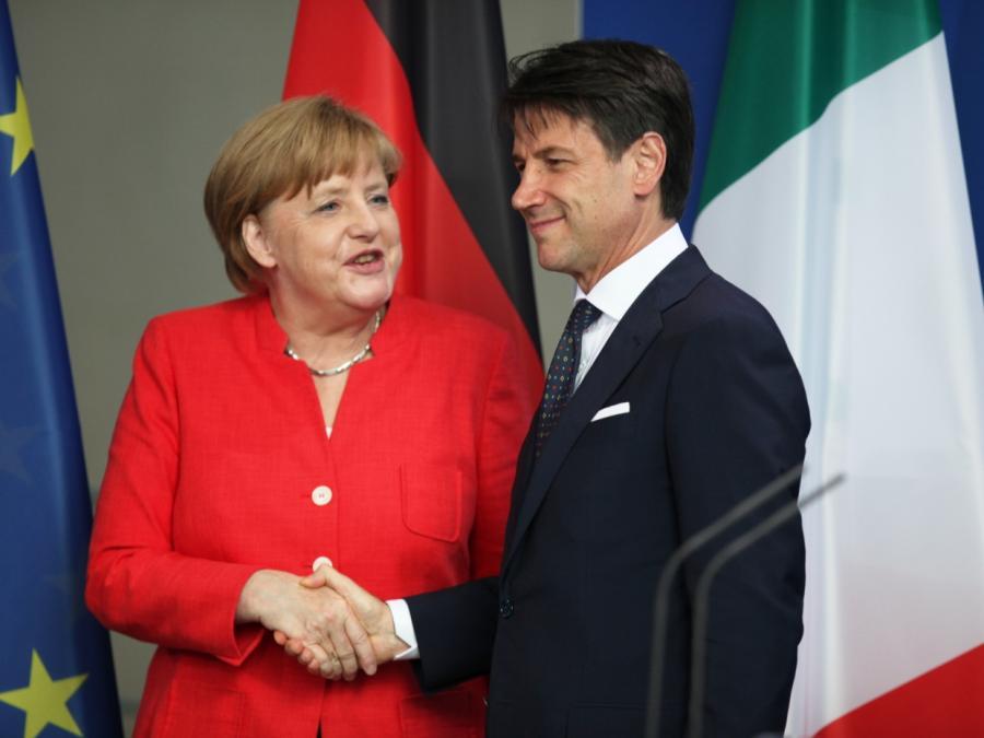 Italiens Ministerpräsident fordert bei Merkel