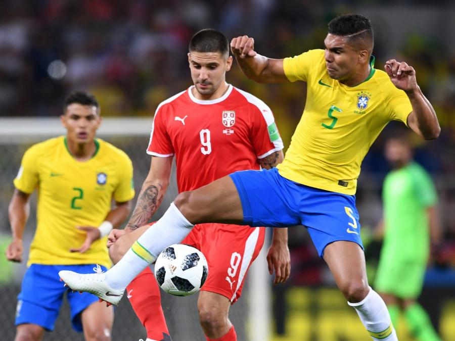 Brasilien und Schweiz weiter - WM-Aus für Serbien
