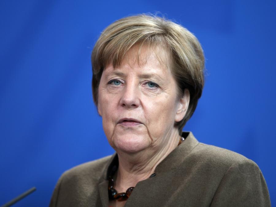Merkel will Wirtschaftsministerium stärken