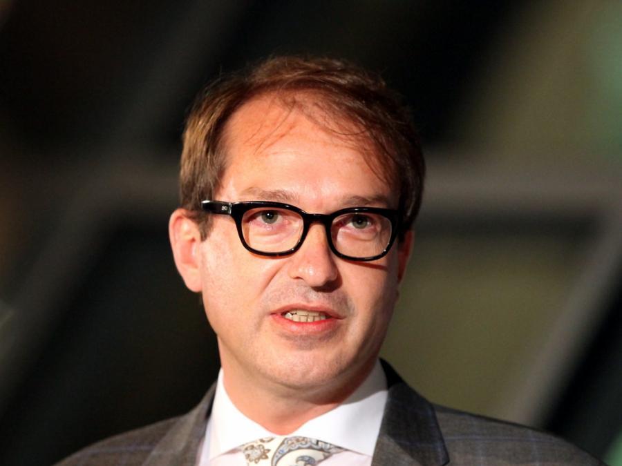 Seehofer: Dobrindt soll neuer CSU-Landesgruppenchef werden