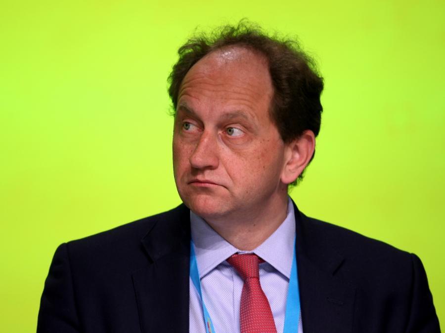 Lambsdorff: May-Rücktritt könnte Brexit