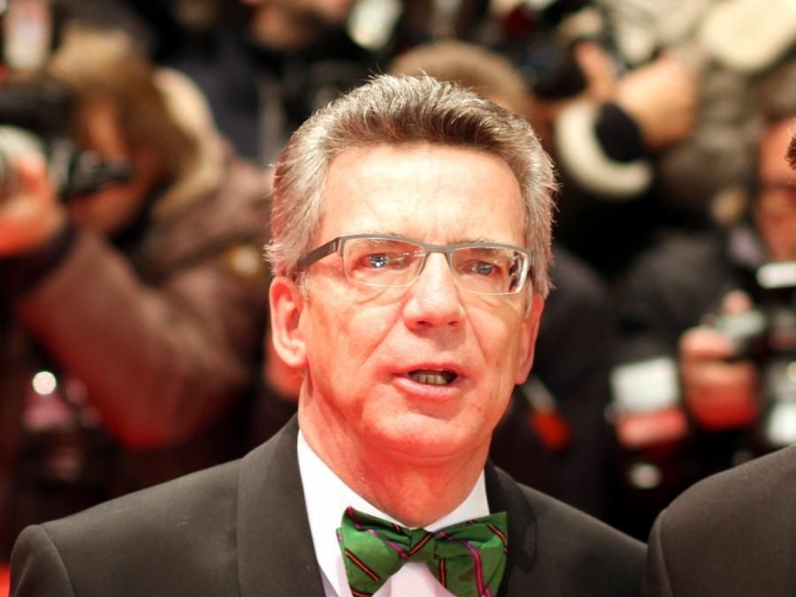 Opposition kritisiert de Maizières Leitkultur-Thesen