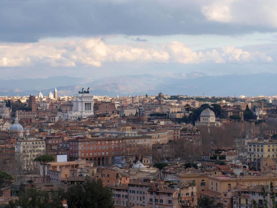Ferber sieht kaum Chancen auf Einigung im Italien-Streit