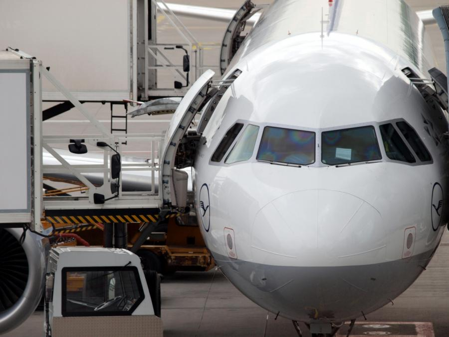 Lufthansa: Luftverkehrssteuer ist quasi CO2-Steuer