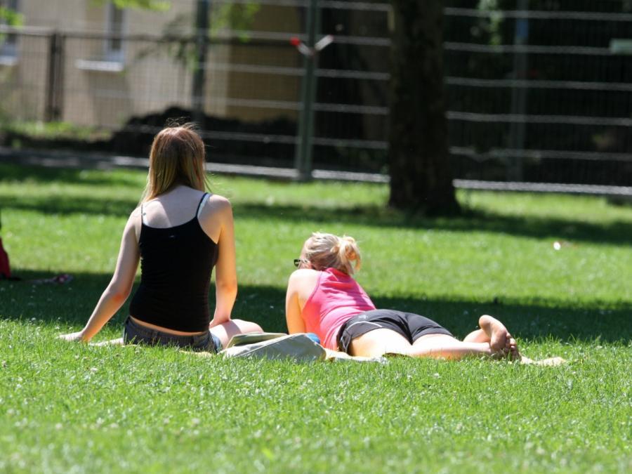 Deutlich mehr Sonnenschutzmittel als vor zehn Jahren produziert