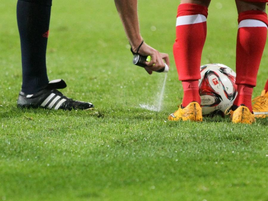 Bundesliga-Schiedsrichter Gräfe kritisiert ehemalige Chefs