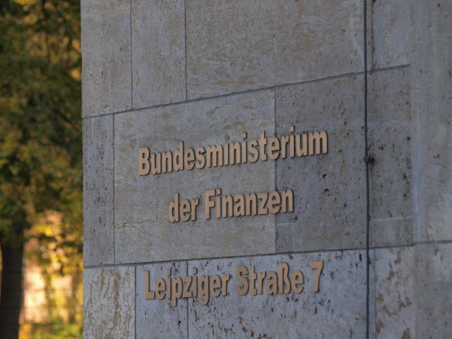 Schulz beansprucht Finanzministerium für die SPD