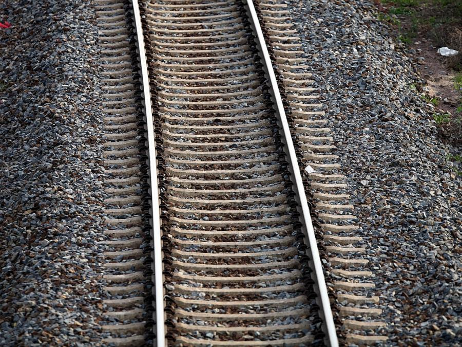 Thüringen: Regionalzug entgleist nach Unwetter