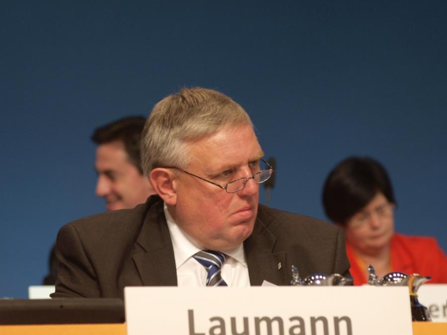 NRW-Gesundheitsminister Laumann für Impfpflicht gegen Masern