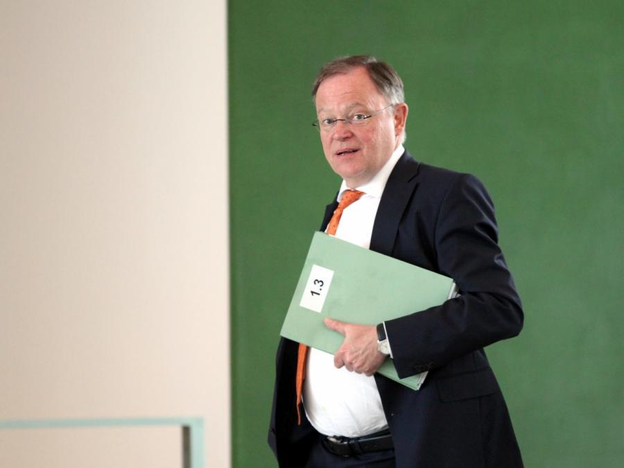 Niedersachsens Ministerpräsident kritisiert SPD-Spitze