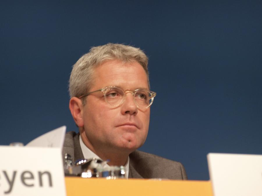 Röttgen will europäische Initiative für Nahostkonferenz