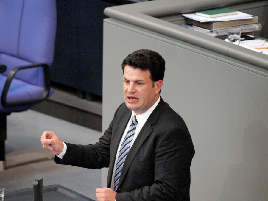 Arbeitsminister verteidigt Verzicht auf komplette Soli-Abschaffung