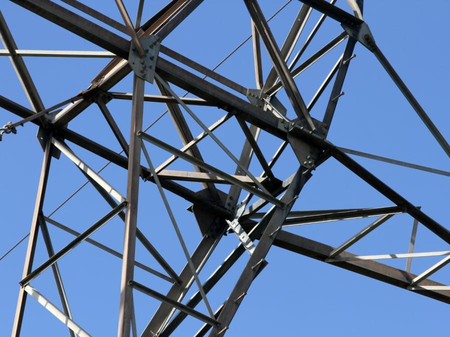 Unternehmer in NRW fordern Ausbau der Stromnetze