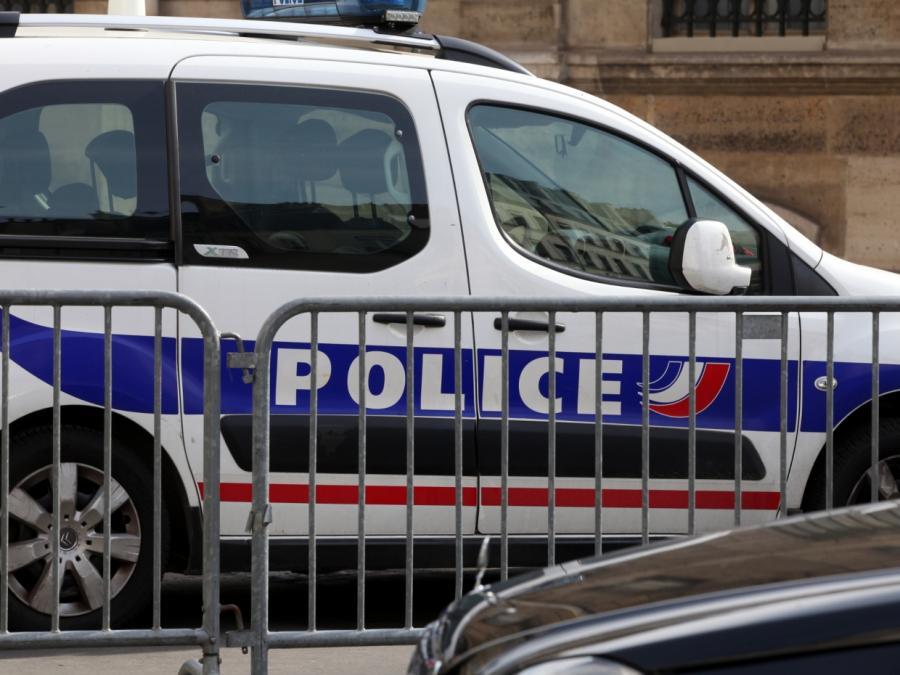 Pariser Polizei untersagt