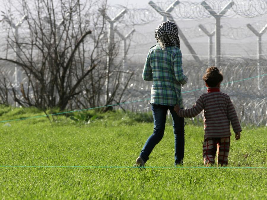 Bundesinnenministerium: Migranten wollen nach Westeuropa