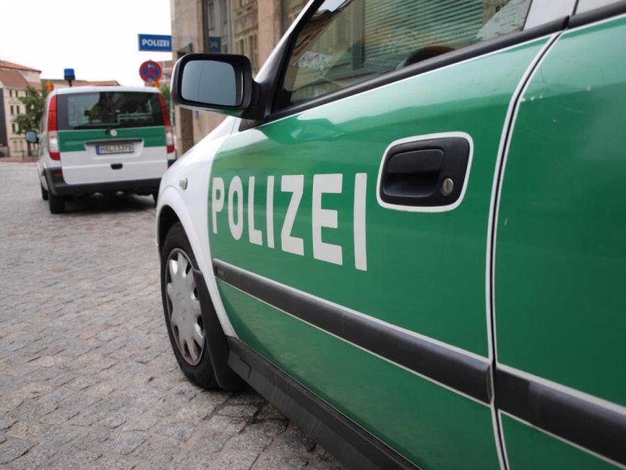 NRW-Innenminister will pädophile Polizeibeamte entlassen