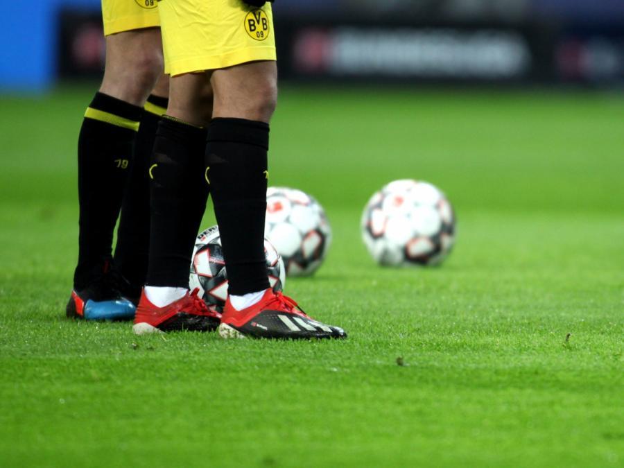 1. Bundesliga: Dortmund gewinnt gegen Gladbach