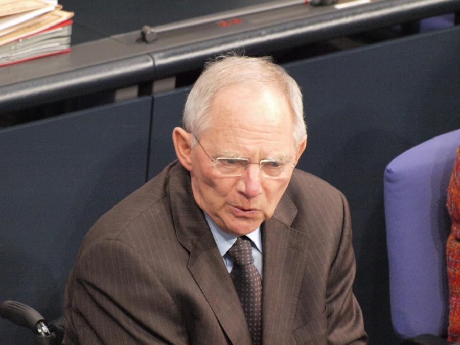 Sozialdemokraten im EU-Parlament rufen Schäuble zum Einlenken auf