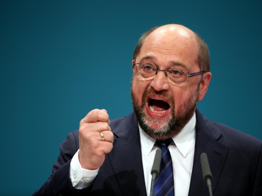 Schulz will mit kämpferischer Rede für GroKo-Verhandlungen werben