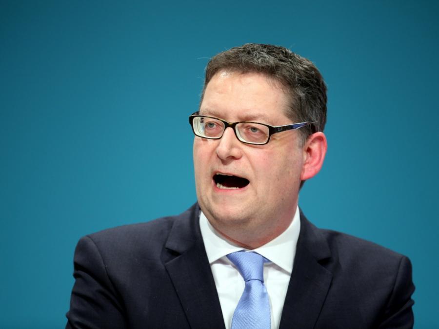 SPD-Vize Schäfer-Gümbel will Themen-Parteitage