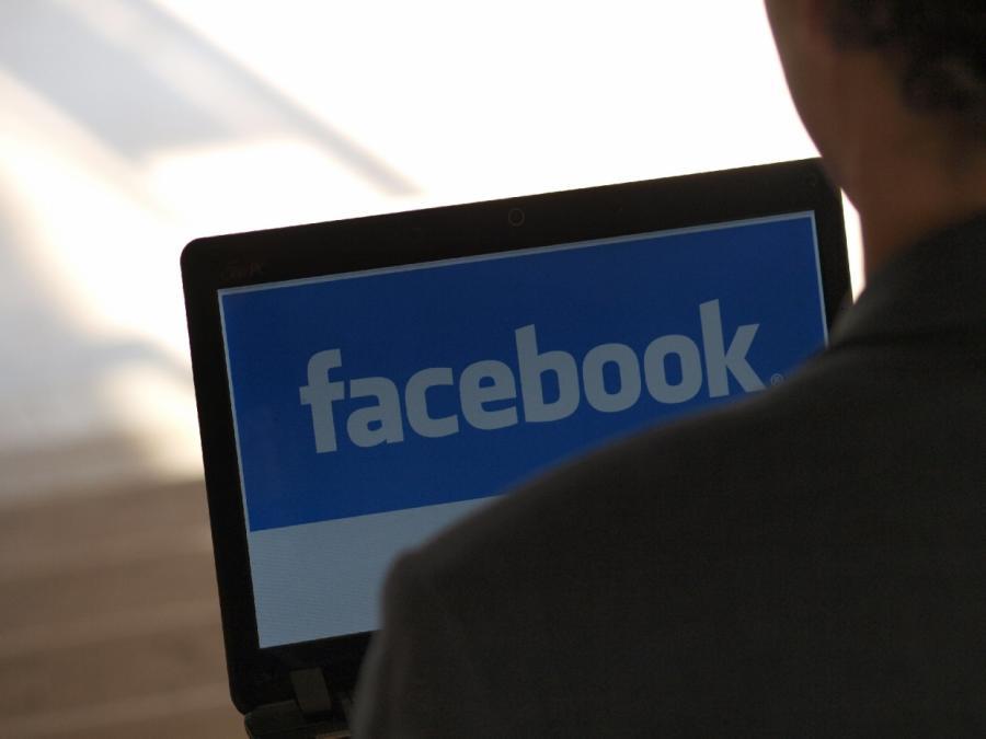 Digitalpolitiker fordern Konsequenzen aus Facebook-Datenaffäre