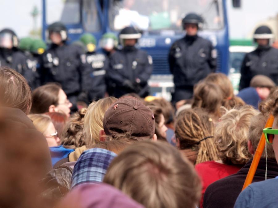 Einsätze im Hambacher Forst reißen Lücken bei der Polizei