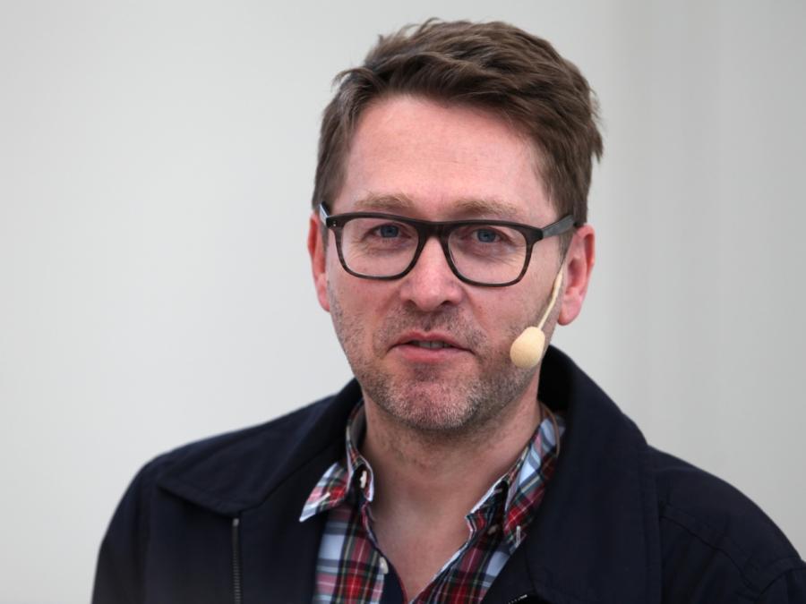 Schriftsteller Jan Weiler will nicht Freund seiner Kinder sein