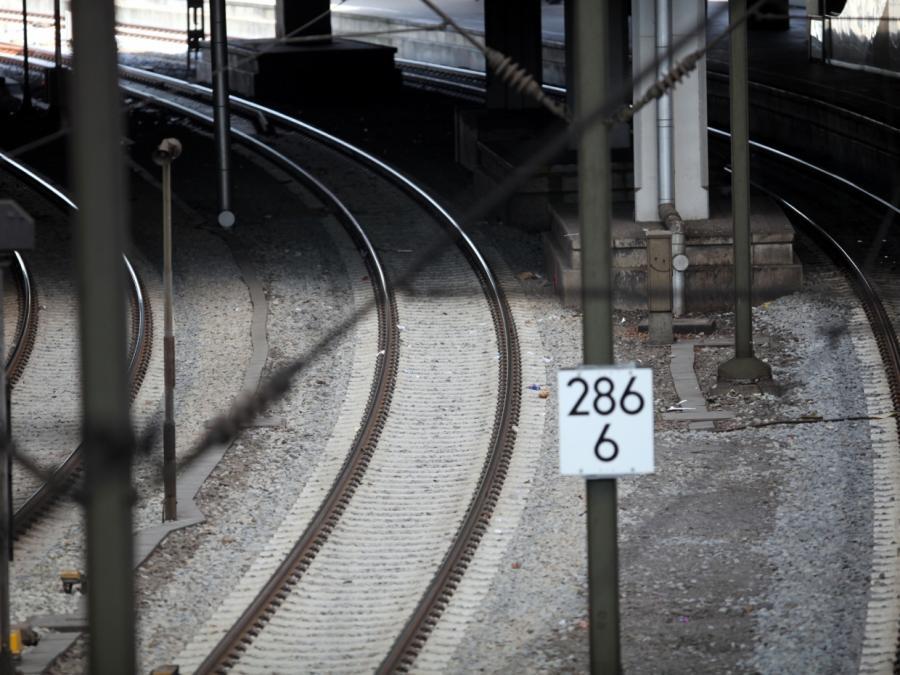 Gullydeckel-Anschlag: Lokführer steht selbst unter Tatverdacht