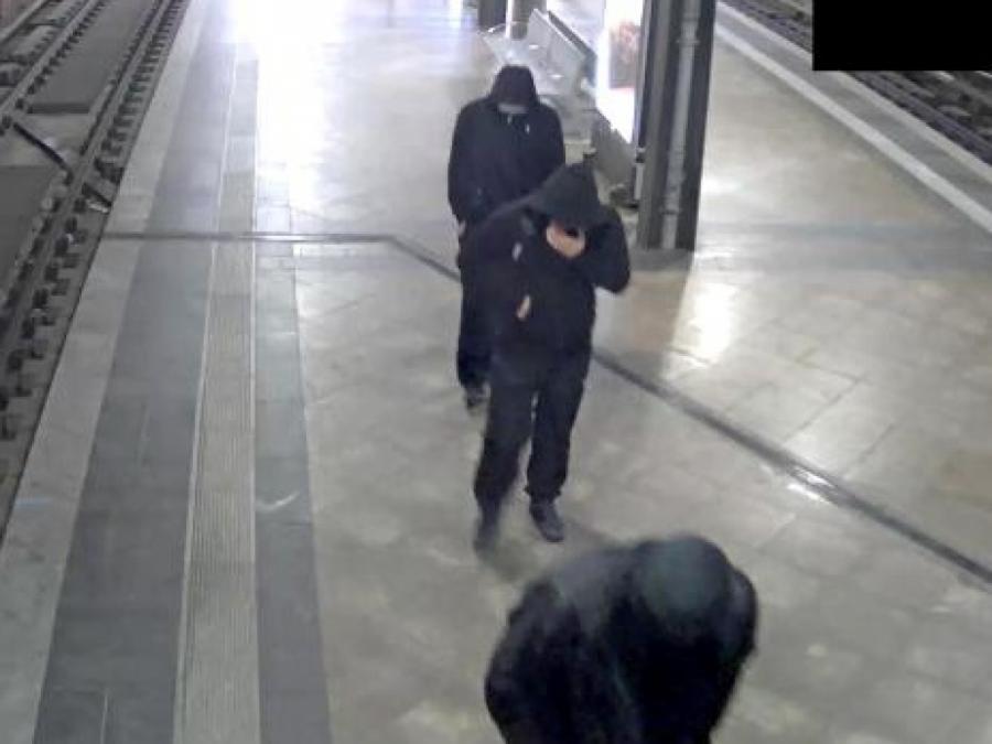 Fahndungsfotos nach Berliner Goldraub veröffentlicht