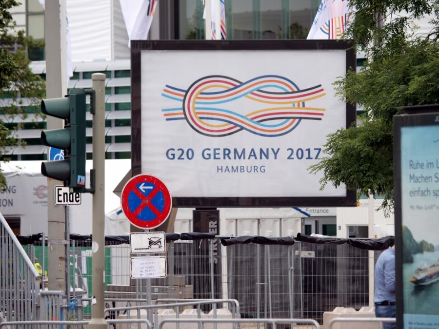 Eröffnung des G20-Gipfels - Großdemo endet mit Verletzten