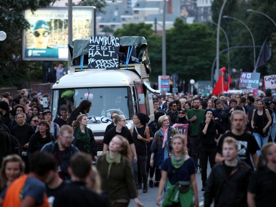 Polizeigewerkschaft: Friedlicher G20-Protest wird missbraucht