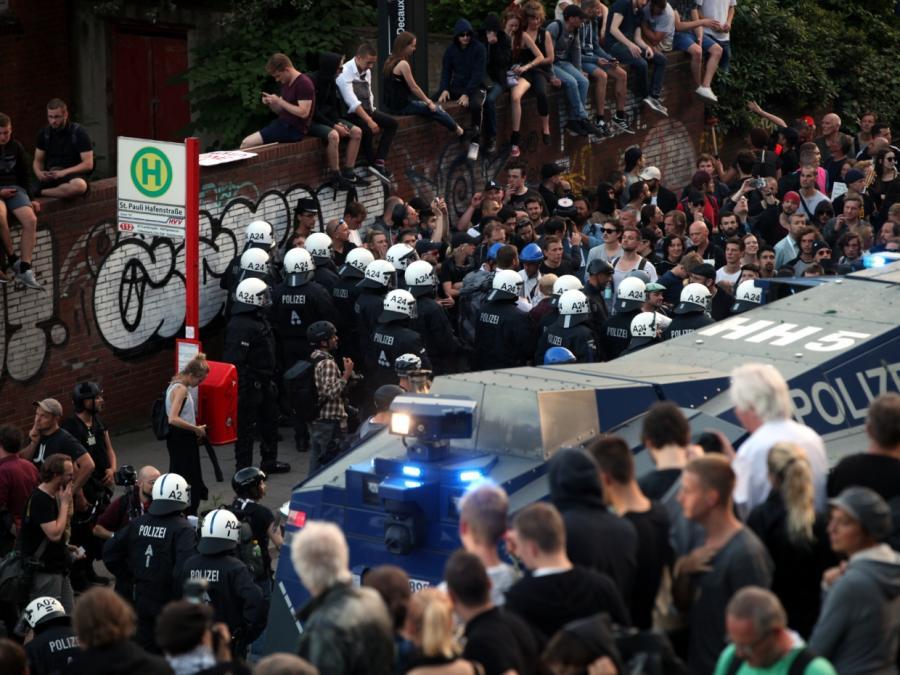 Hamburger Polizei: 111 verletzte Beamte und 29 Festnahmen bei G20-Protest